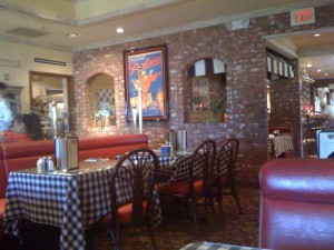 Mimi's Cafe - Dining Room